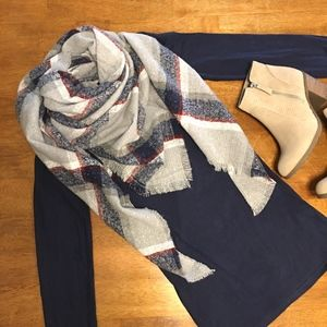 NWT Plaid Blanket Scarf Wrap